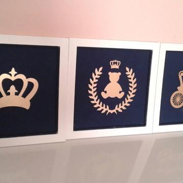 Trio de quadros/ brasão/urso/coroa