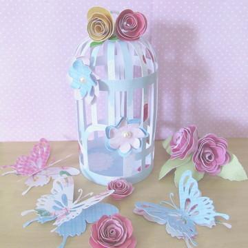 Gaiolinha, borboletas e flores