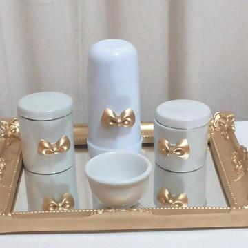 Kit higiene porcelana laço dourado