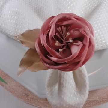Porta guardanapo de rosa de cetim