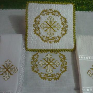 Alfaias Cruz IHS Dourado