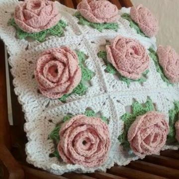 Almofada de rosas em Crochê