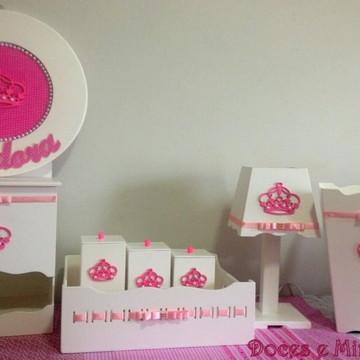 Kit Higiene em MDF com coroa