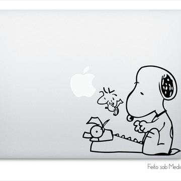 Adesivo Macbook Snoopy Typewriter A0355