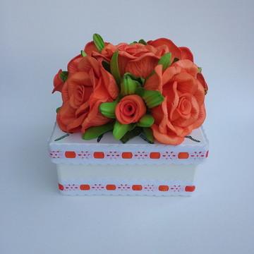 Caixa em Mdf Decorada com Flores