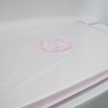 Trocador de Comoda Branco e Rosa