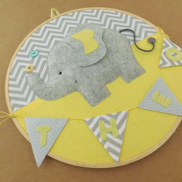 Porta maternidade em bastidor elefante 1