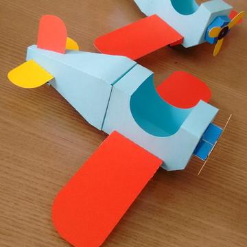 Avião Brinquedos Antigos