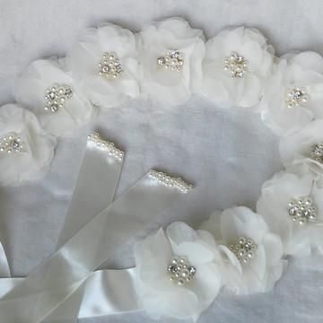 Cinto flores e pérolas noiva