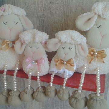 Familia de ovelha gêmeos