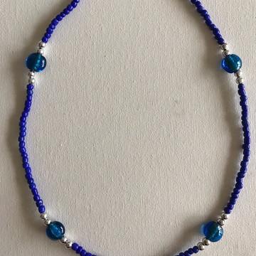 Colar miçangas e pedras azul