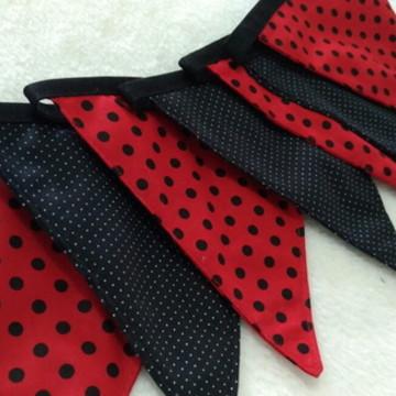 8 bandeirolas decoração festa Ladybug
