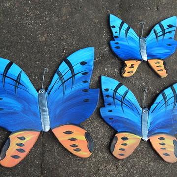Decoração parede borboleta azul laranja