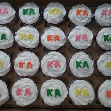 Cupcakes - Marshmallow com Letras