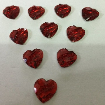 Coração de Resina Brilhante Vermelha