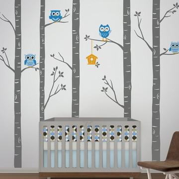 Adesivo corujas azuis nas árvores