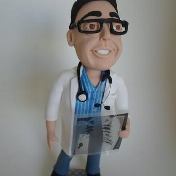 Medico estilo cartoon