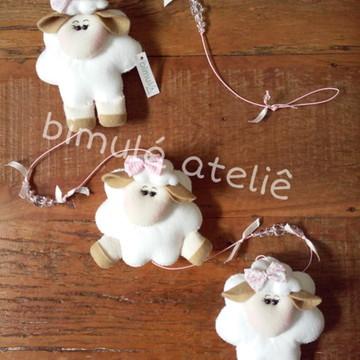 Pingente de cortina ovelha menina