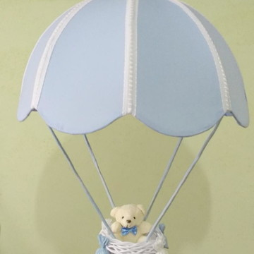 Lustre infantil paraquedas