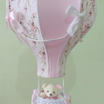 Lustre balão floral rosa personalizado com nome