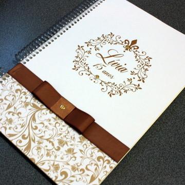 Caderno de assinatura 15 anos