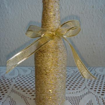 Garrafa Barbante com fios dourados