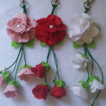 Chaveiro flor de feltro