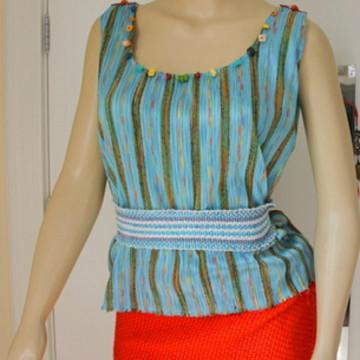 Blusa Arte TeceLu com cinto tecelagem