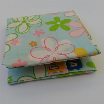 Carteira em origami de tecido floral