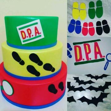 Bolo cenográfico DPA + kit decoração