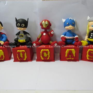 Cubos com Letras:Super herois