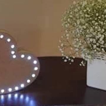 Coração MDF com lampadas de led