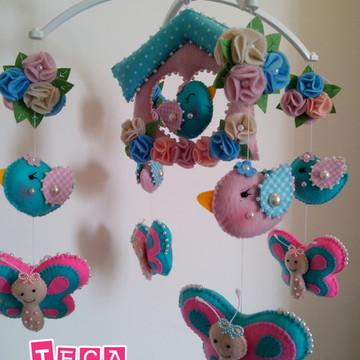 Móbile musical Giratório Borboletas e Pássaros rosa e azul