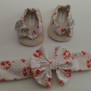 Kit Chinelinho bebê e turbante