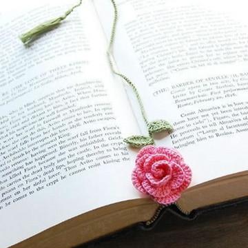 Marcador de livro - Rosas em crochê