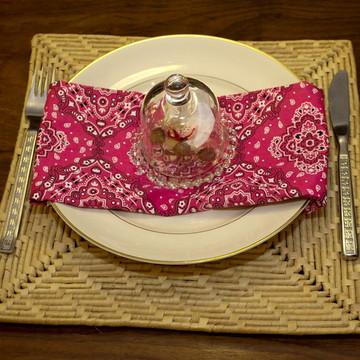 Guardanapo bandana rosa