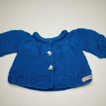 Casaquinho de tricô feito à mão