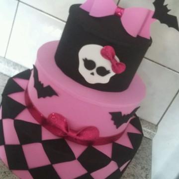 Bolo fake Monster High