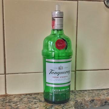Saboneteira de garrafa Tanqueray | Válvula Transparente