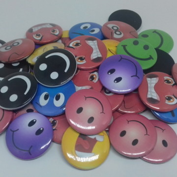 Buttons Imã Emojis coloridos 38mm