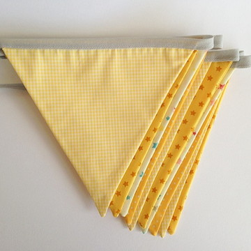 Bandeirolas em tecido