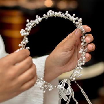 Tiara de noiva pérolas flor e cristais