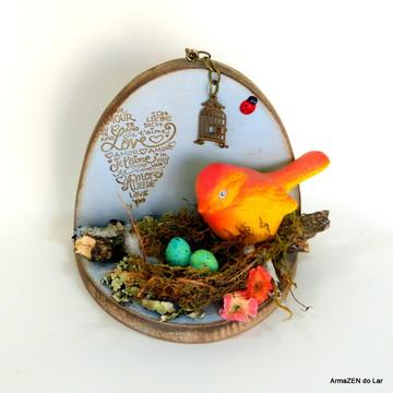 Nicho decorativo com ninho passarinho