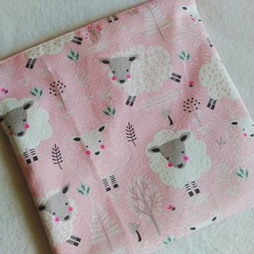 Saquinho impermeável roupas ovelha rosa