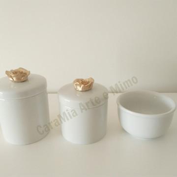 Kit Higiene Bebê Porcelana Flor Dourada