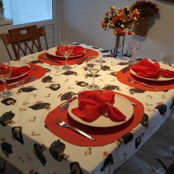 Toalha de mesa copa galinha d'angola