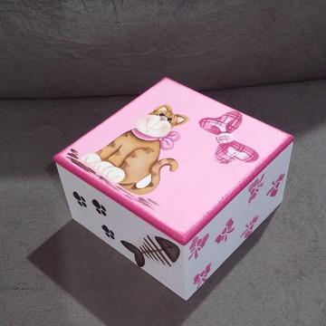 Caixa Gatinha e laços rosas!