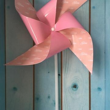 Cata-vento rosa com nome