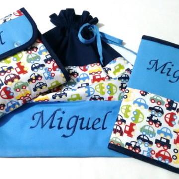 Kit Bebê (saco roupa/porta fraldas/capa caderneta)