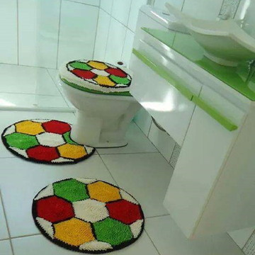 tapete frufru banheiro bola